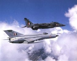 Jaguar and Mig-21 in formation