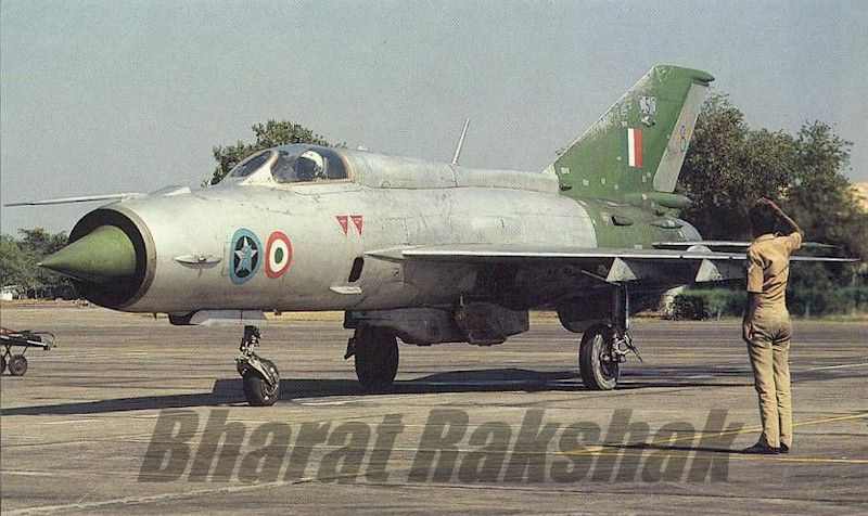 A MiG-21FL from No.8 Squadron Pursoots
