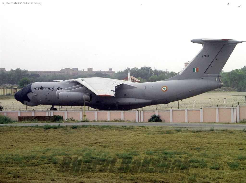 Il-76 [K3014] at Palam international airport