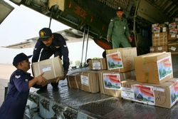 Relief supplies to Sri Lanka