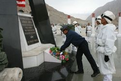AOC-in-C WAC at Siachen Base Camp