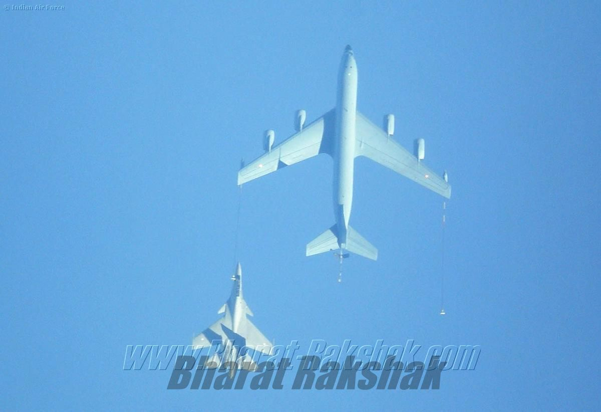 C-135 with Sukhoi during Garuda