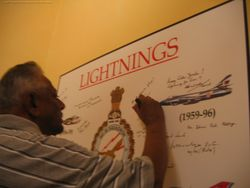 AVM Parker signs the Lightnings Board