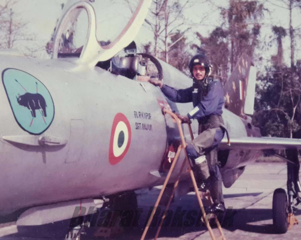 30 Squadron aircraft and Pilot Officer T K Singha