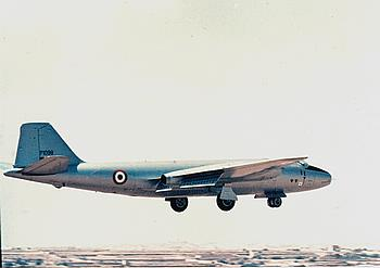 Canberra PR.67 taking off from Malta ( Charles Stafrace)