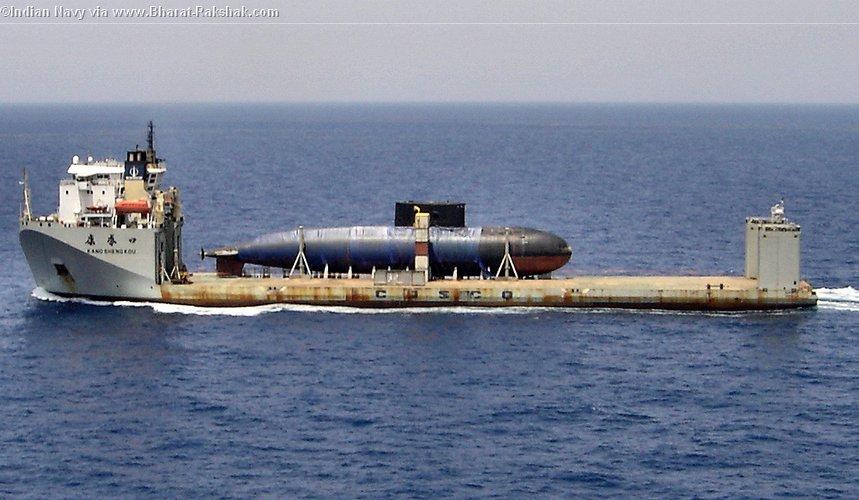 غواصات سكوربيون فرنسيه للهند مليار