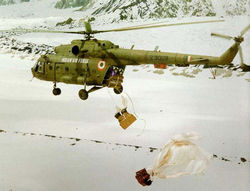 Supply dropping in Siachen